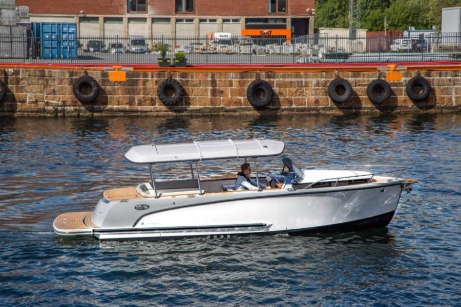 Alfastreet Marine 23 Cabin Sport for sale by