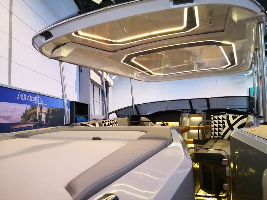 Alfastreet Marine 28 Cabin Electric for sale by