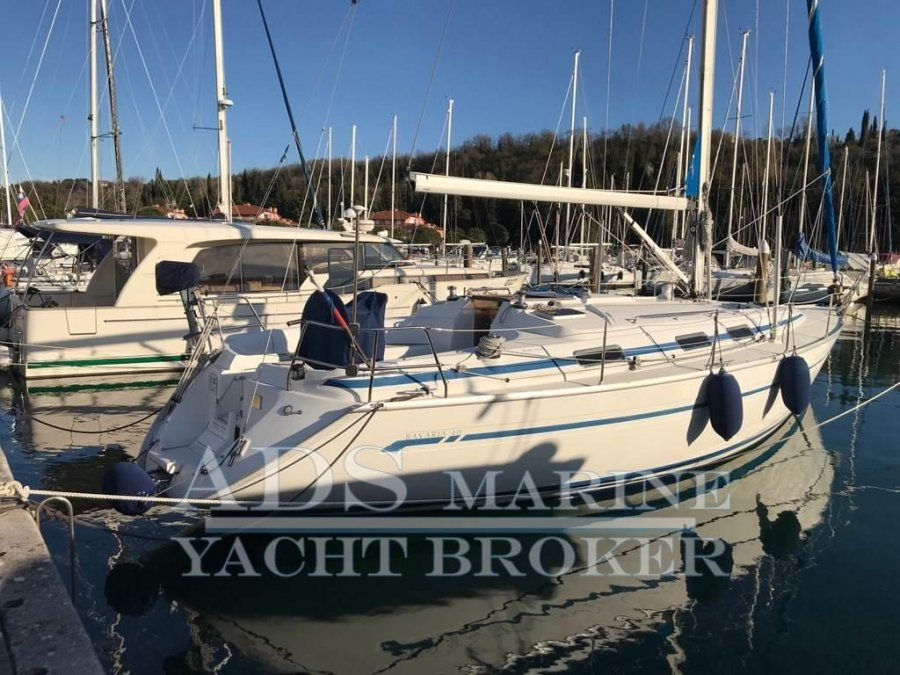 Bavaria 40 for sale by