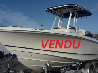 Boston Whaler 230 Outrage neuf