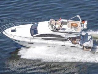 Fairline Squadron 48 used