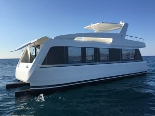 Bateau à Moteur Overblue 44 neuf - EVASION YACHTING
